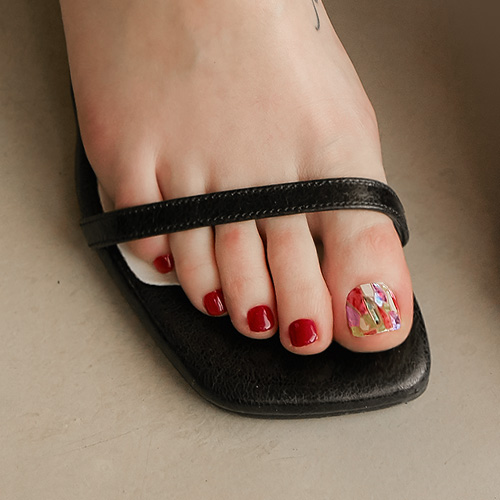 P Satin Magenta pedicure